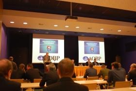Národní vyzbrojovací konference - listopad 2013